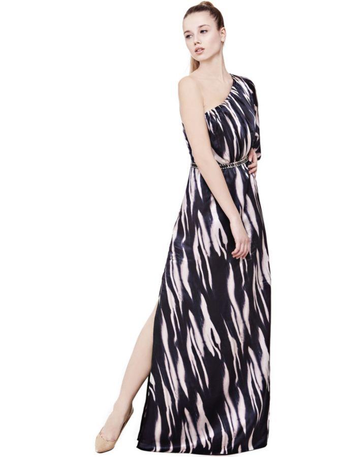 Artikelbeschreibung  Kleid aus Seide. One-Shoulder-Ausschnitt. Langarm.  Passform Slim 11de4dde44