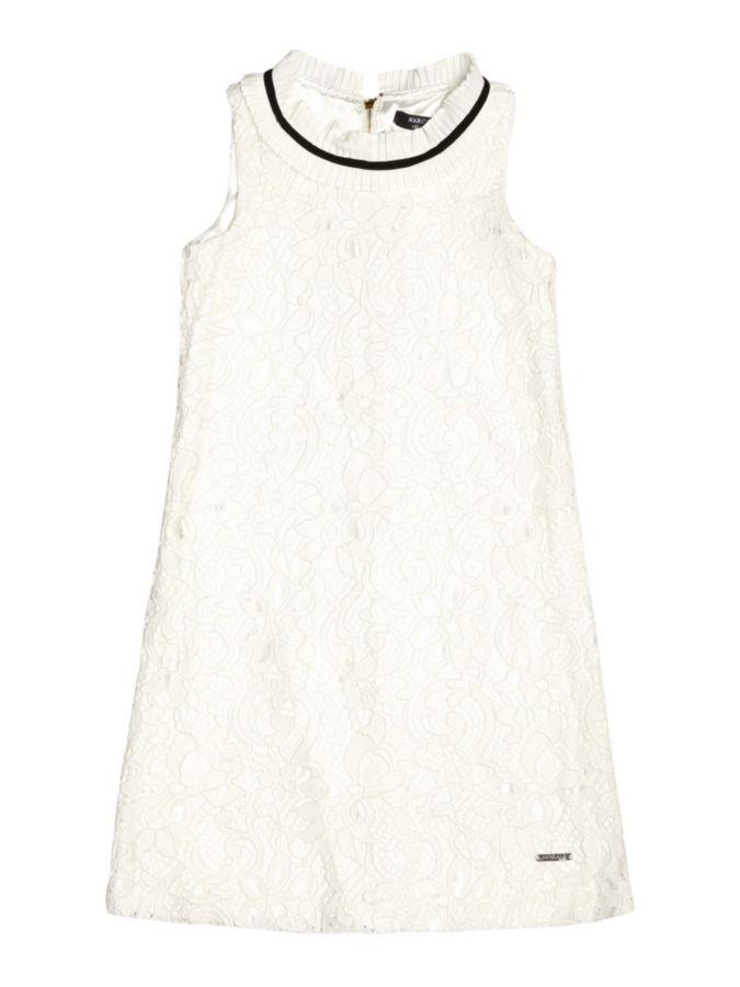 4e0e4d896545 Artikelbeschreibung  Kleid aus Spitze. Runder Ausschnitt. Ärmelloses  Modell. Passform Regular. Rückseitiger