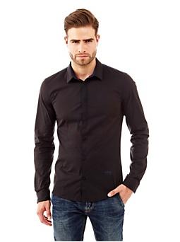 Chemise avec détails contrastants
