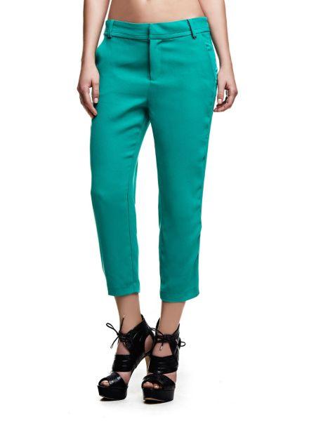 Pantalon modèle chino
