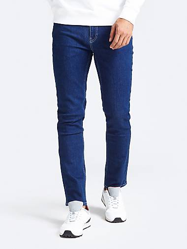 9bb4dba8 Men's Denim New Spring Collection 2019   GUESS® Official Website