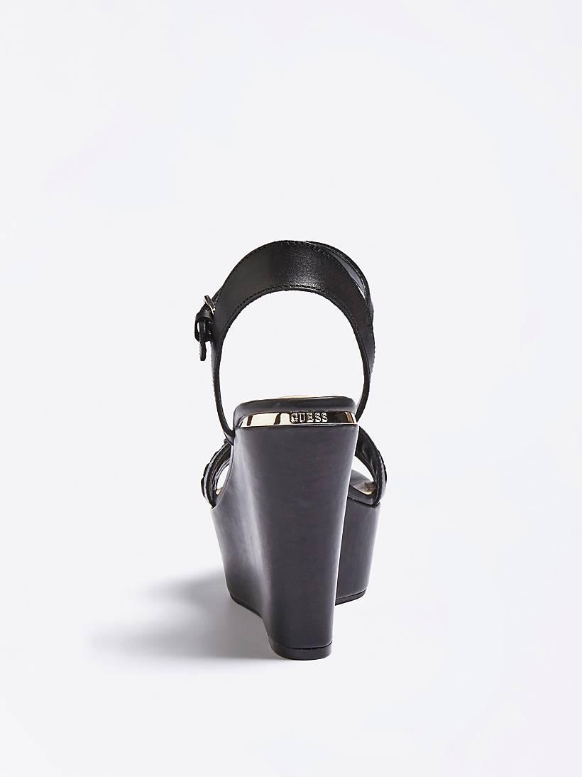 3f0ddf1c Skórzane GesinaGuess Sandały Koturnie Model Na eu nPkw80O