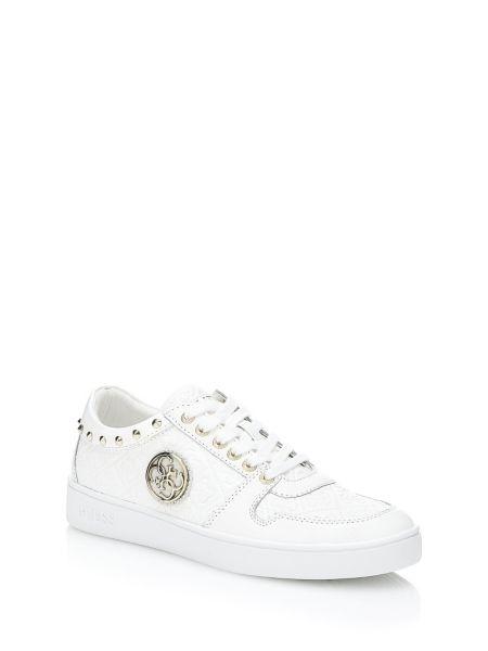 Sneaker giamal cloutee