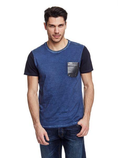 T shirt avec poche de poitrine