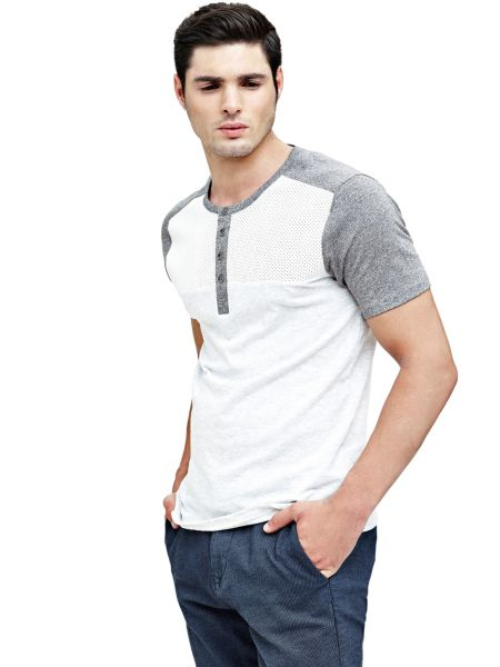 T shirt col tunisien