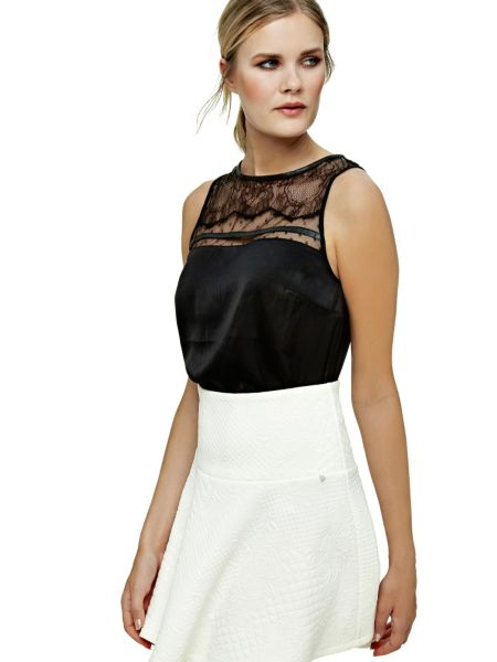 Top insertion dentelle